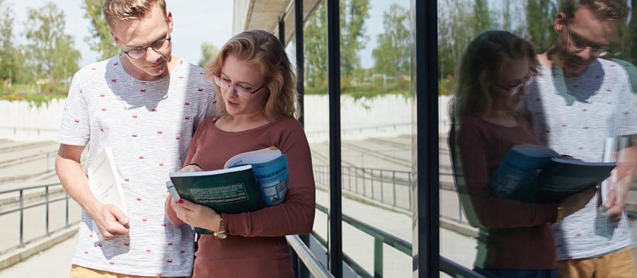 Informace opřijímacích zkouškách naFakultu sociálních studií OU
