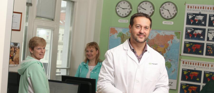 Akademický senát LF OU navrhnul dofunkce děkana doc.Maďara