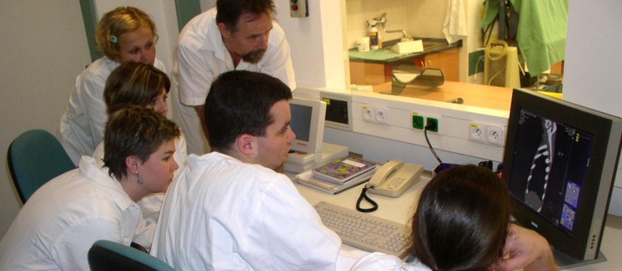 Radiologický asistent vnové podobě